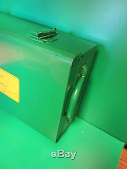 Greenlee Knockout Set Case, Heavy Duty, Strong Excellent Condition, Fast Ship